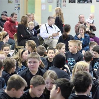 Fifth grade students and parents attend DARE graduation